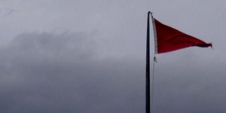red flag 2