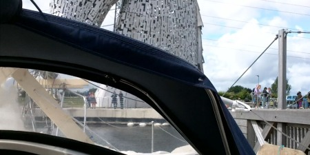 ApproachingKelpies01